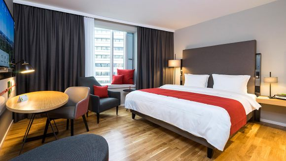 All single rooms are equipped with Kingsize beds at Holiday Inn Hamburg - City Nord