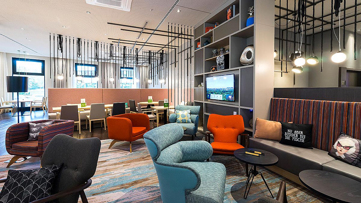 Open Lobby Concept at the Holiday Inn Hamburg - City Nord