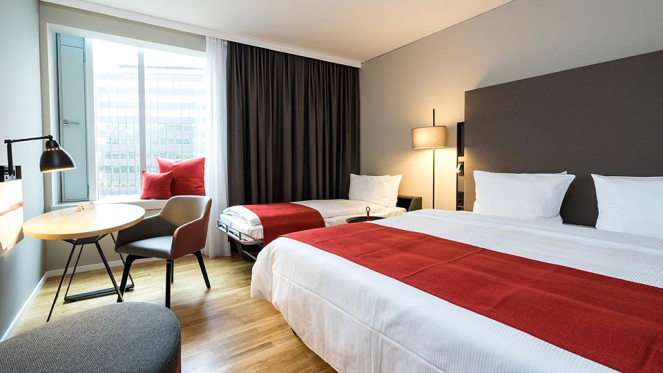 Family Rooms for up to 3 persons at Holiday Inn Hamburg - City Nord